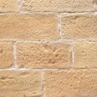 panello-pietra-bugnata bianca